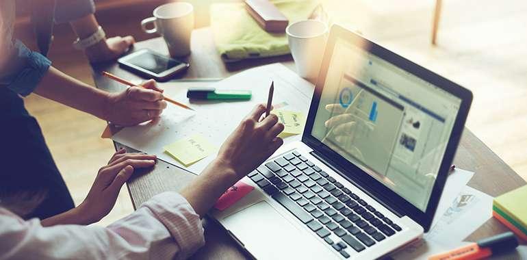 B2B Marketing Sales Reports to Marketing